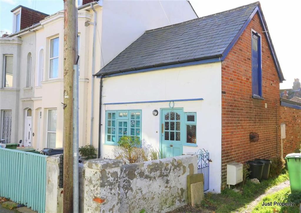 2 Bedrooms End Of Terrace House for sale in Alma Villas, St Leonards On Sea