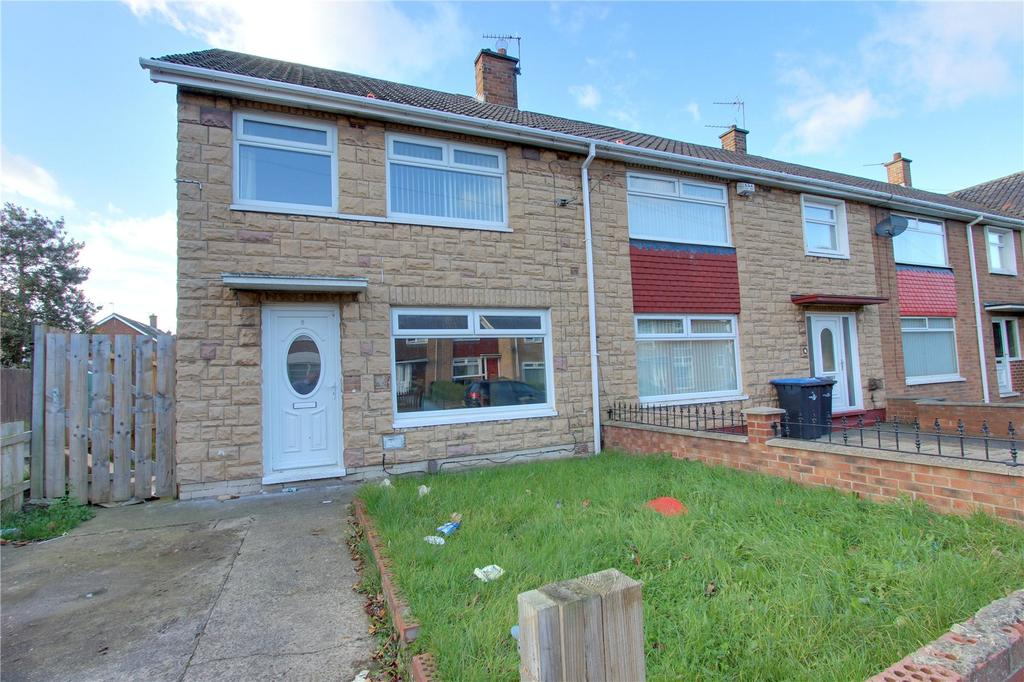 3 Bedrooms Semi Detached House for sale in Bollington Road, Easterside