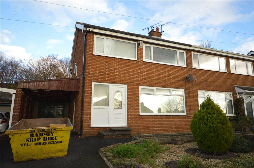 3 Bedrooms Semi Detached House for sale in Church Street, Yeadon, Leeds, West Yorkshire