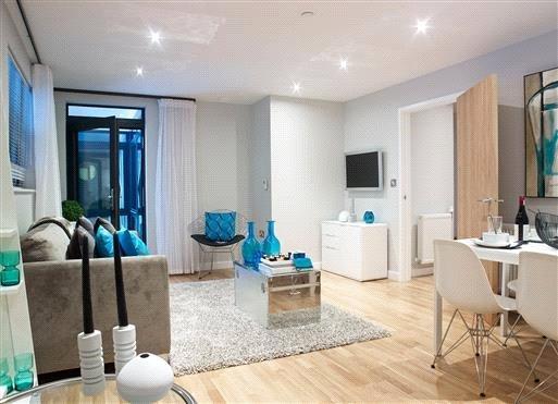2 Bedrooms Flat for sale in The Trueman, Trinity Quarter, Walnut Tree Close, Guildford, GU1