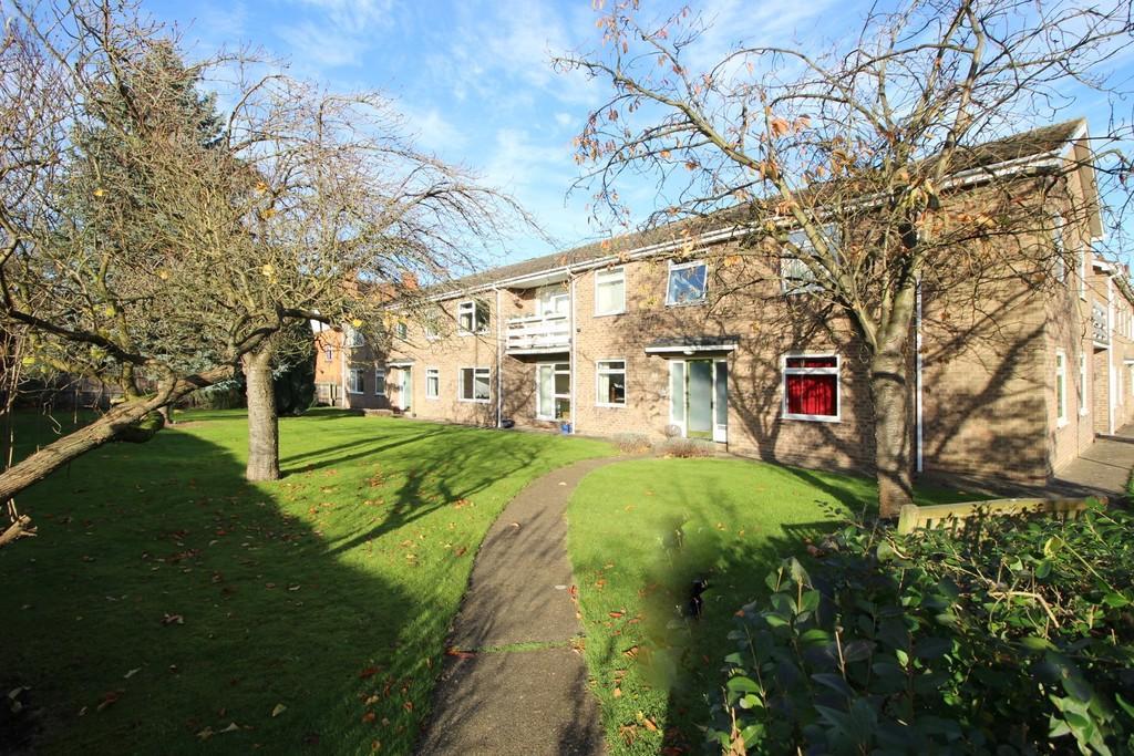 2 Bedrooms Apartment Flat for sale in Australia Court, Cambridge
