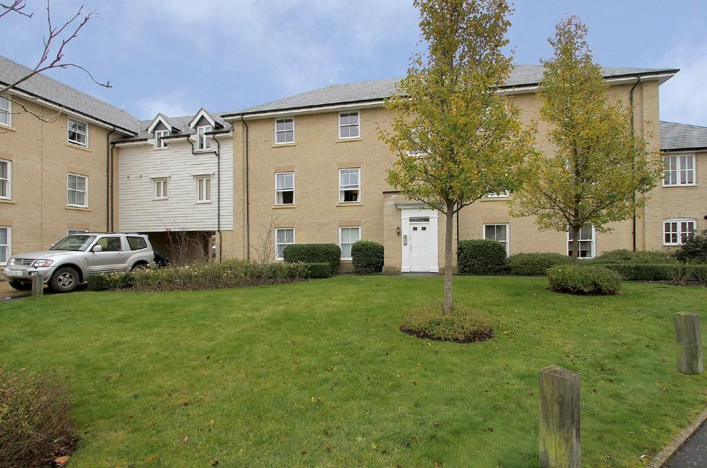 2 Bedrooms Apartment Flat for rent in Ryefield Road, Mulbarton