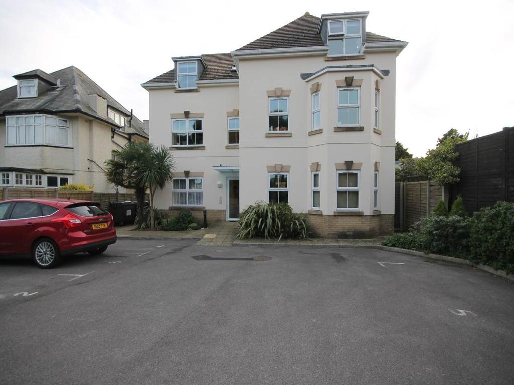 3 Bedrooms Apartment Flat for rent in Belle Vue Road , Southbourne, Bournemouth