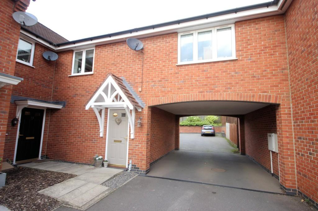 2 Bedrooms Ground Flat for sale in Stirling Close, Church Gresley