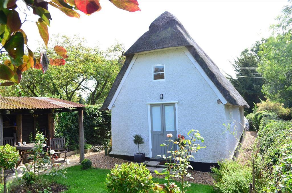 1 Bedroom Barn Conversion Character Property for rent in Church Lane, Kingston, Cambridge, CB23