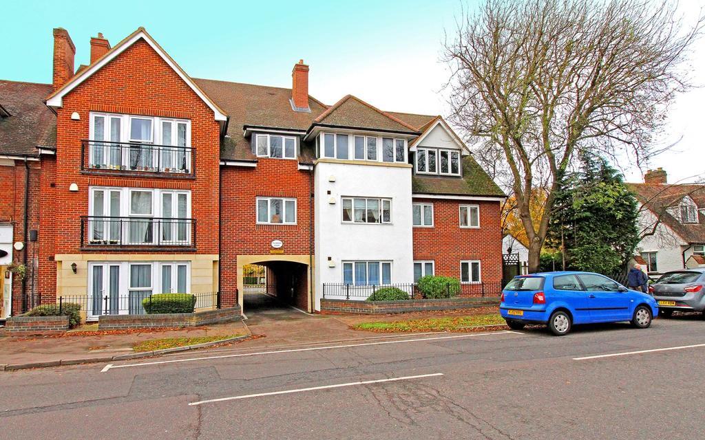 1 Bedroom Apartment Flat for sale in Norton Way North, Letchworth Garden City, SG6