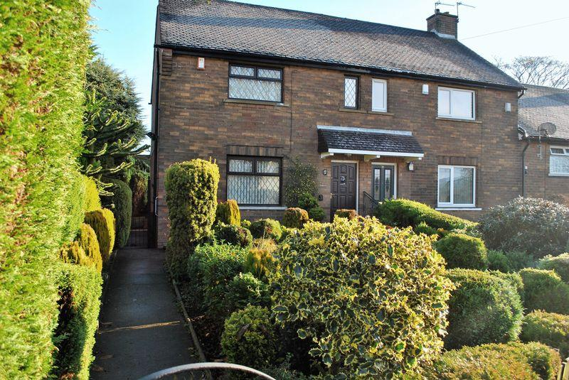2 Bedrooms Town House for sale in Squire Green, Bradford