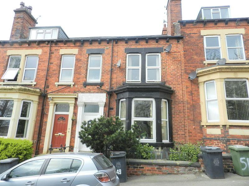 5 Bedrooms Terraced House for sale in Hanover Square, Leeds