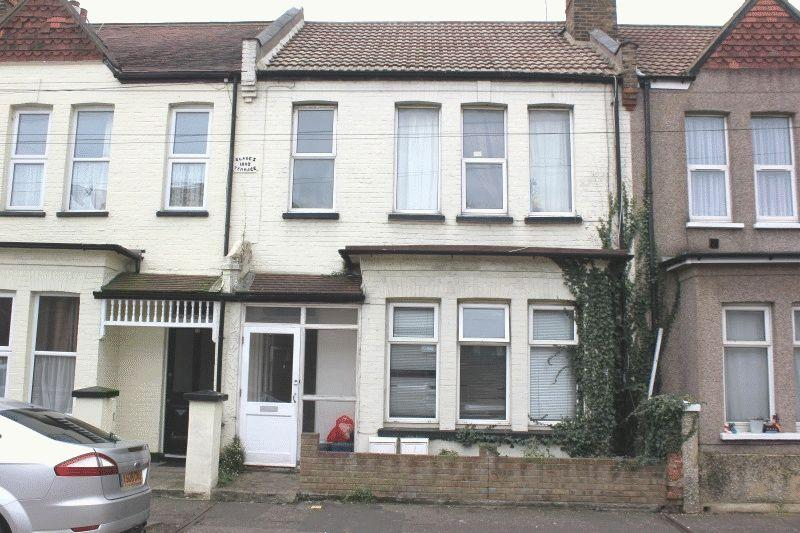 1 Bedroom Flat for sale in Beresford Road, Southend-On-Sea