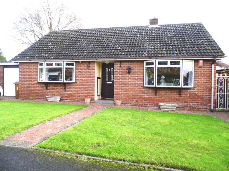 2 Bedrooms Detached Bungalow for sale in Canterbury Close, Pelsall, Walsall.