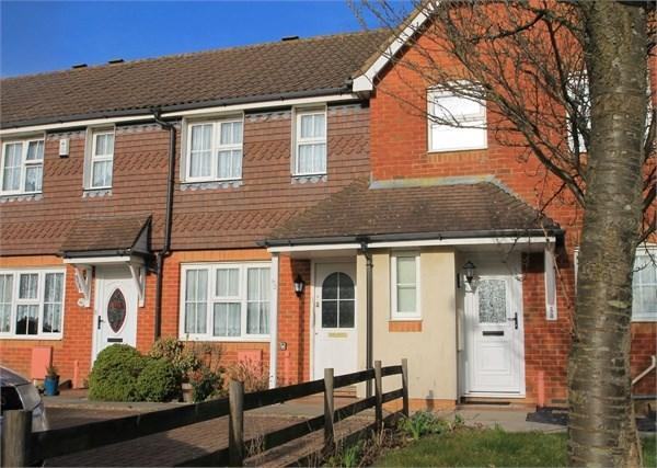 2 Bedrooms Terraced House for sale in Hawkinge, FOLKESTONE