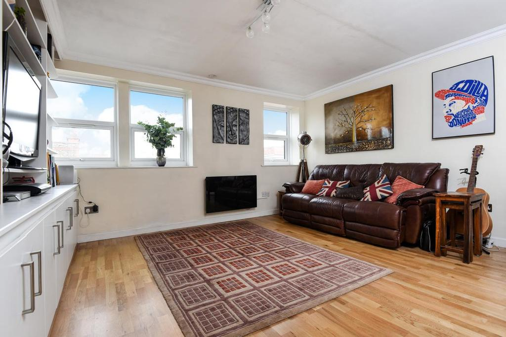 1 Bedroom Flat for sale in Hornsey Road, Holloway