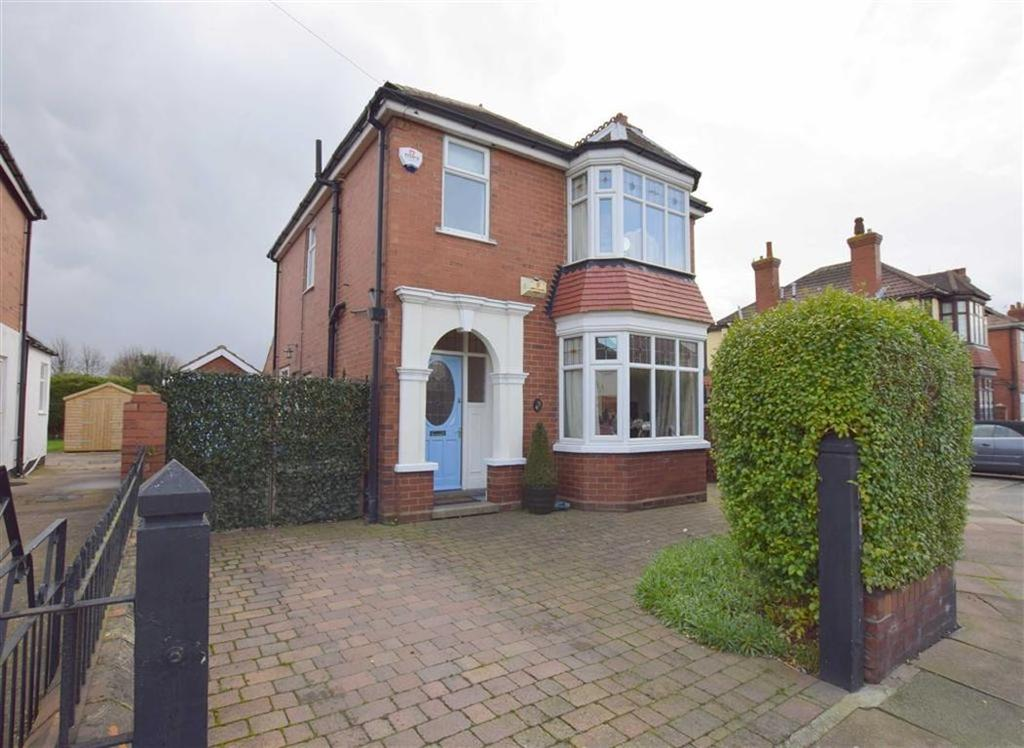 3 Bedrooms Detached House for sale in Robson Road, Cleethorpes, North East Lincolnshire