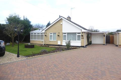 2 bedroom detached bungalow for sale - Arrow End, North Littleton, Evesham