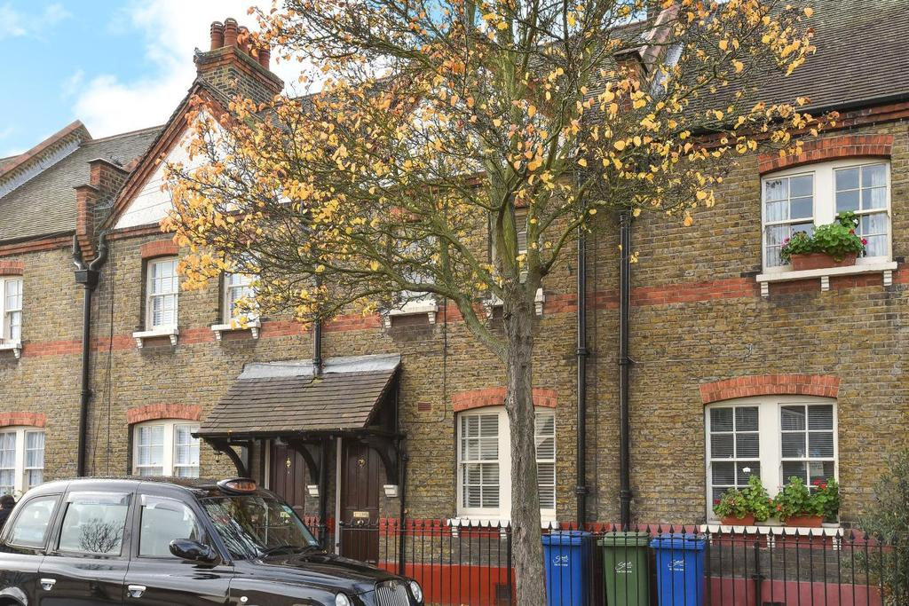 2 Bedrooms Cottage House for sale in Portland Street, Walworth