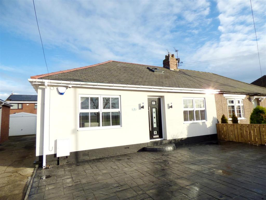 4 Bedrooms Semi Detached Bungalow for sale in North Road, Hetton-Le-Hole, Houghton Le Spring