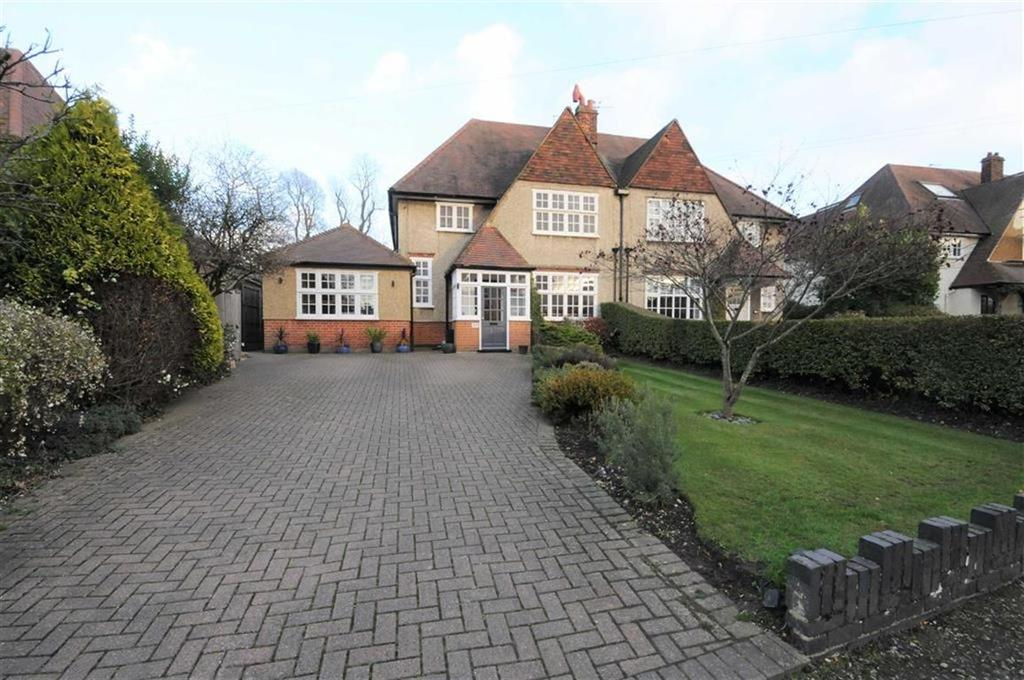 5 Bedrooms Semi Detached House for sale in Queens Road, High Barnet, Herts, EN5
