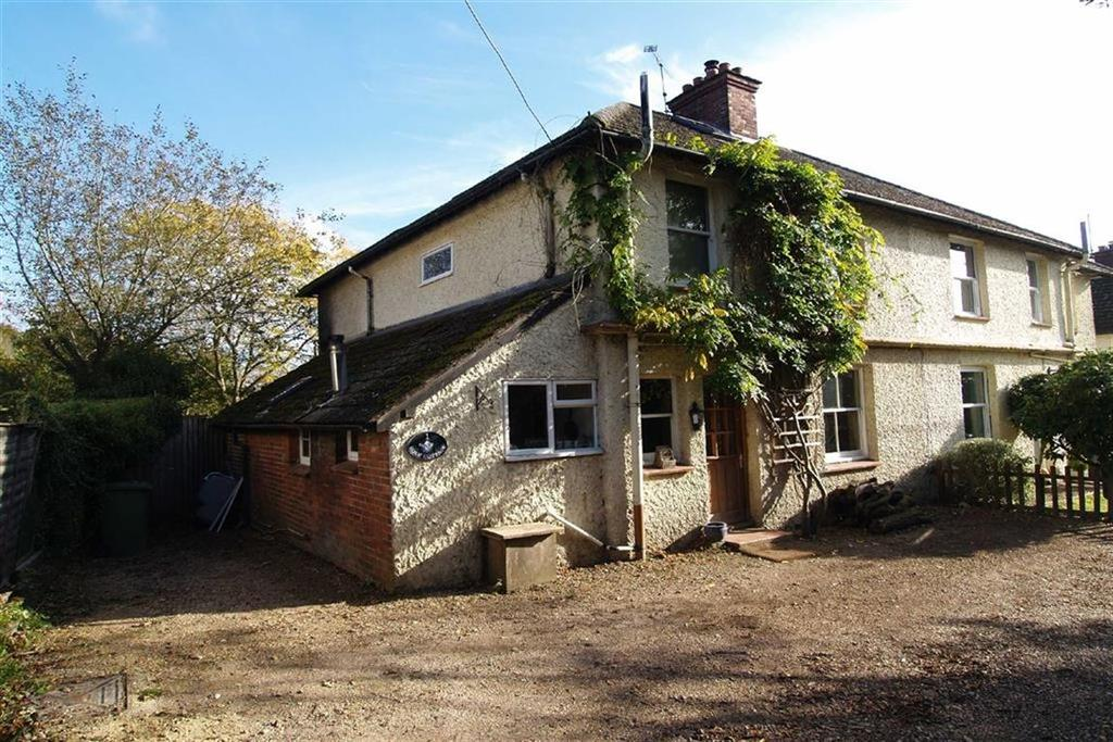 3 Bedrooms Semi Detached House for sale in Rose Cottages, Hammer, Haslemere, Surrey, GU27