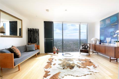 2 bedroom flat for sale - Strata, 8 Walworth Road, London, SE1