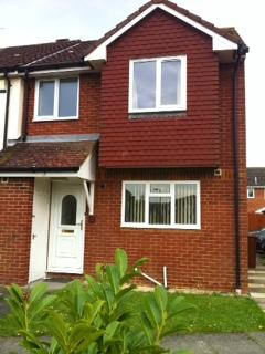 2 Bedrooms Semi Detached House for rent in Heron Drive, Bicester, Oxfordshire OX26 OX26