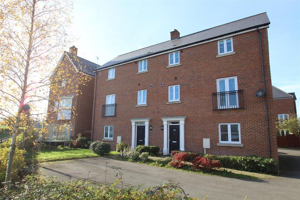 2 Bedrooms House for sale in Lemmon Walk, Oxley Park, Milton Keynes