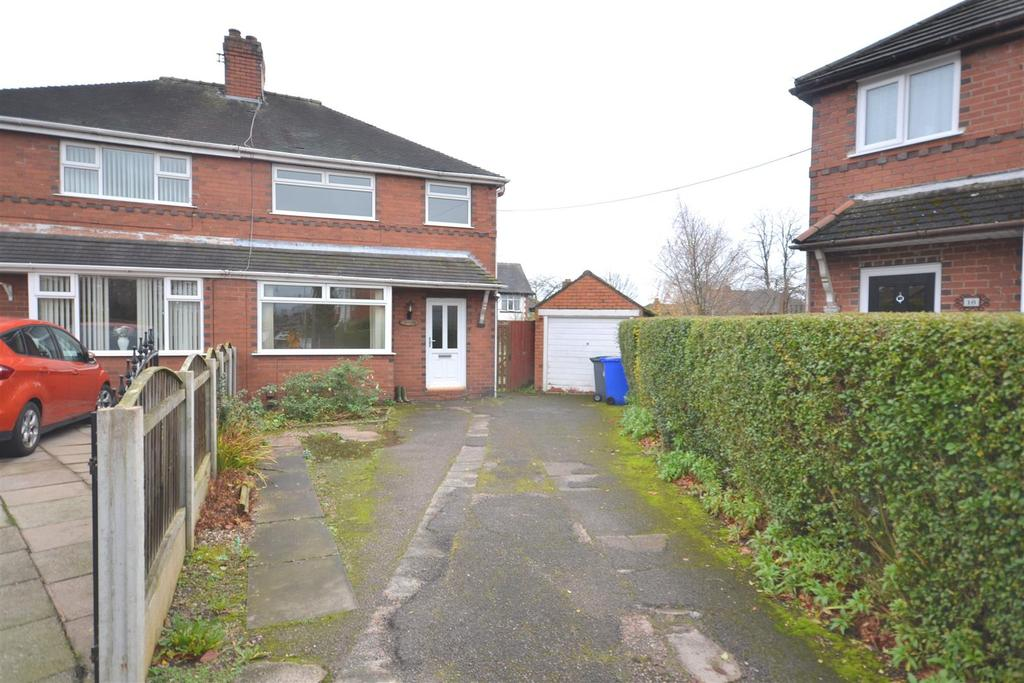 3 Bedrooms Semi Detached House for sale in Mayfield Place East, Trent Vale, Stoke-On-Trent