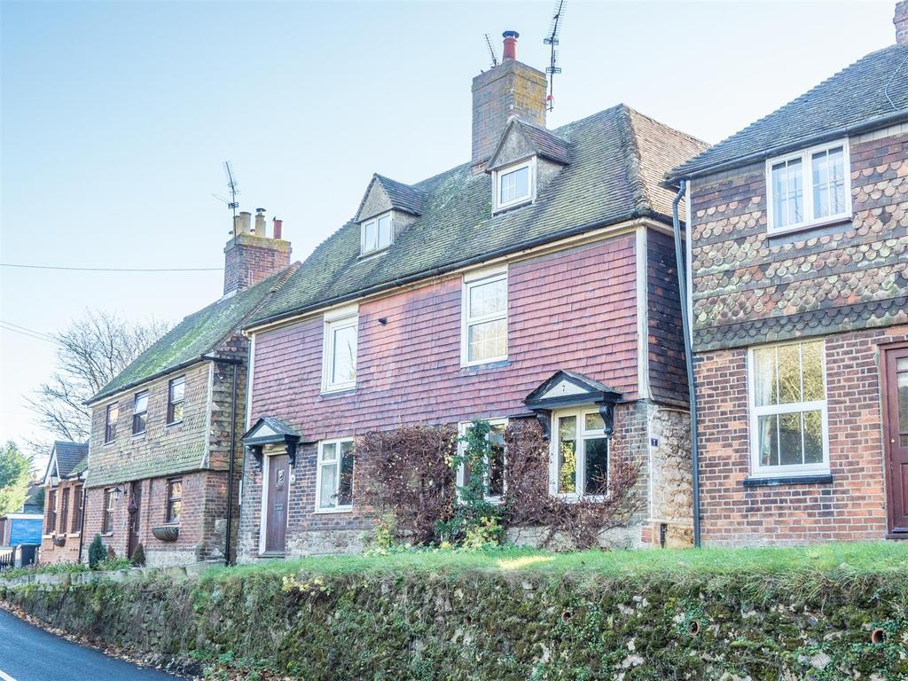 3 Bedrooms Semi Detached House for sale in West Street, Harrietsham, Maidstone