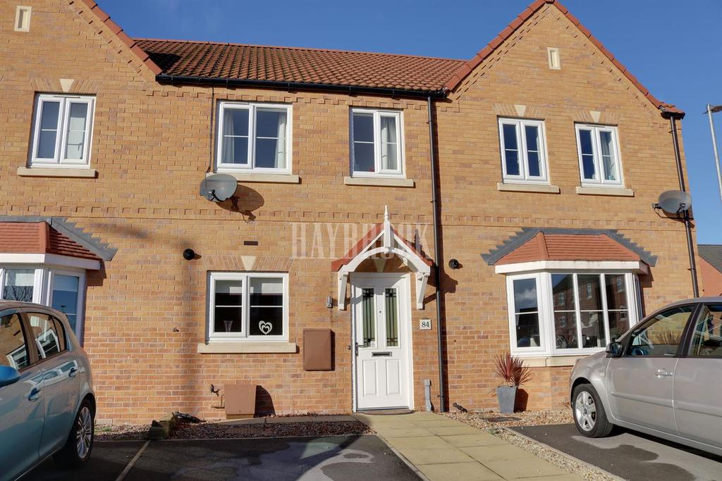 2 Bedrooms Terraced House for sale in Clarke Avenue, Dinnington