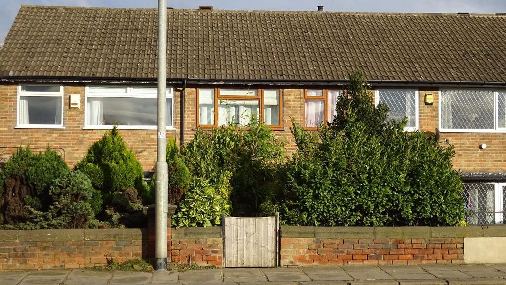 3 Bedrooms Terraced House for sale in Lewisham Street, Morley