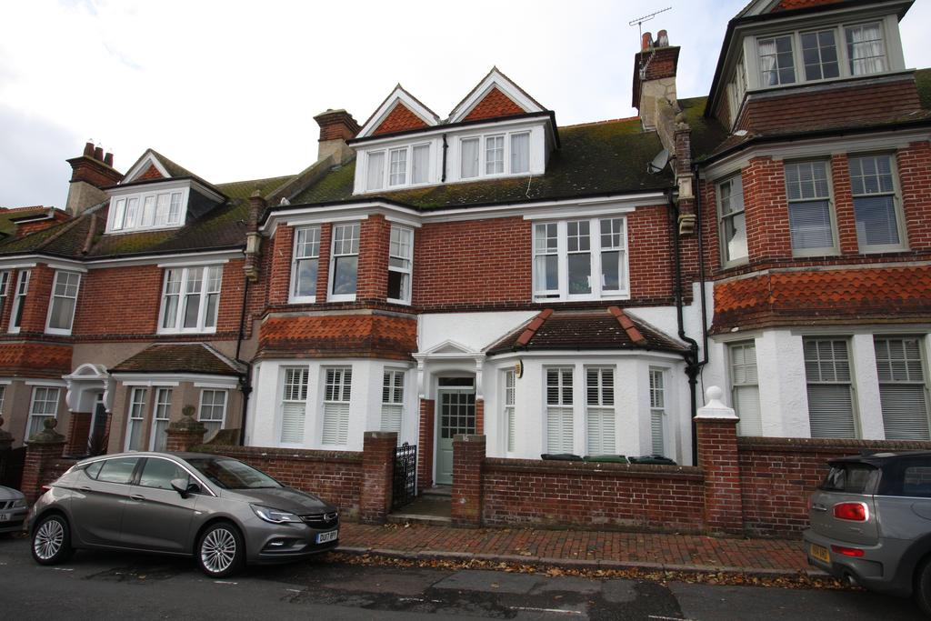 2 Bedrooms Apartment Flat for sale in Derwent Road, Eastbourne BN20