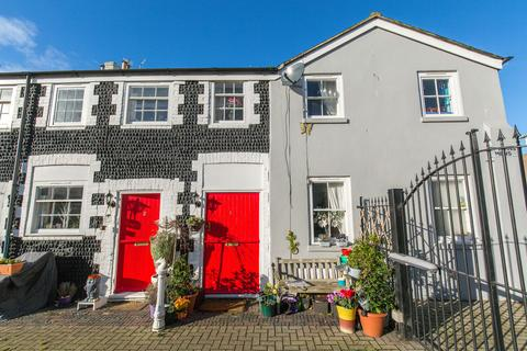 2 bedroom end of terrace house for sale - Bristol Road, Kemp Town, Brighton