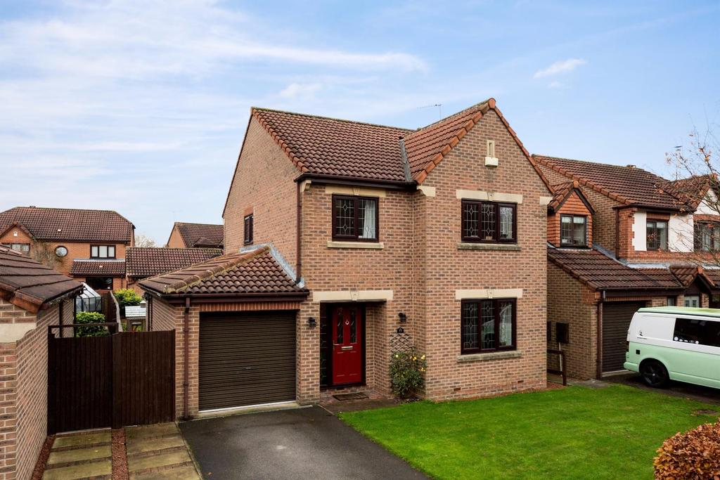 4 Bedrooms House for sale in Alness Drive, Woodthorpe, York