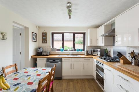 4 bedroom house for sale - Alness Drive, Woodthorpe, York