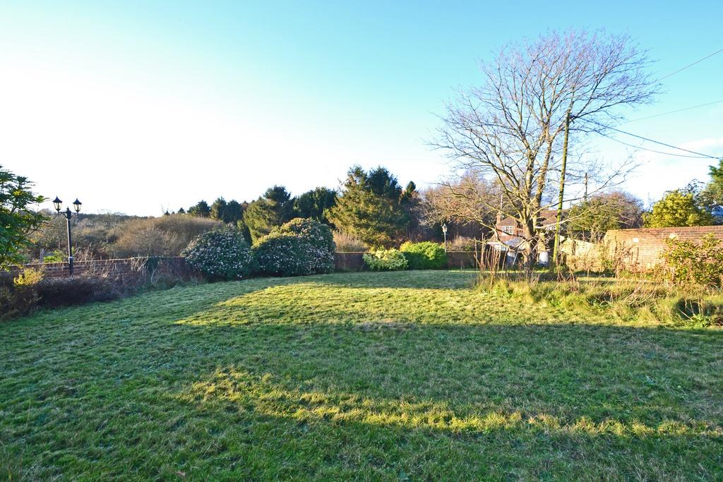 2 Bedrooms Land Commercial for sale in Cootham, West Sussex, RH20