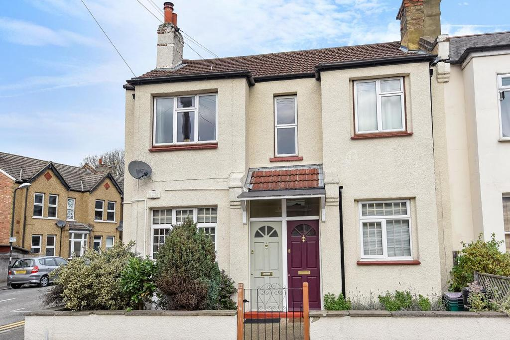 2 Bedrooms Maisonette Flat for sale in Robinson Road, Tooting