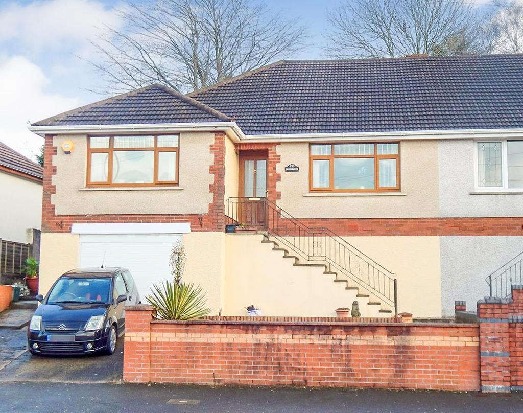 3 Bedrooms Semi Detached Bungalow for sale in Trallwn Road, Llansamlet, Swansea