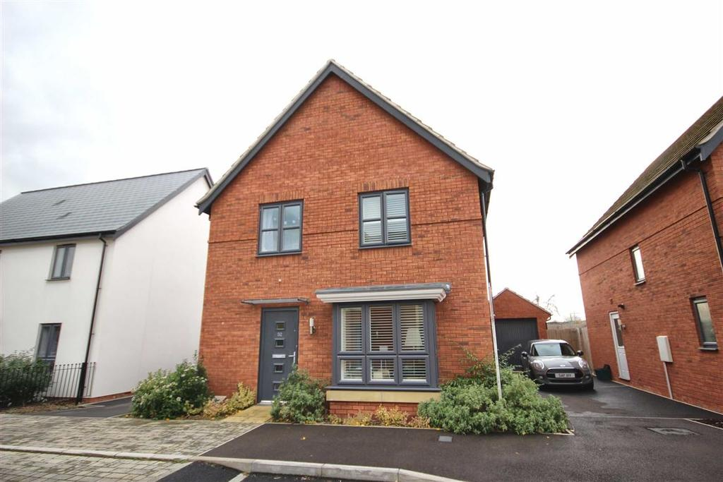 4 Bedrooms Detached House for sale in Denman Avenue, Pittville, Cheltenham, GL50
