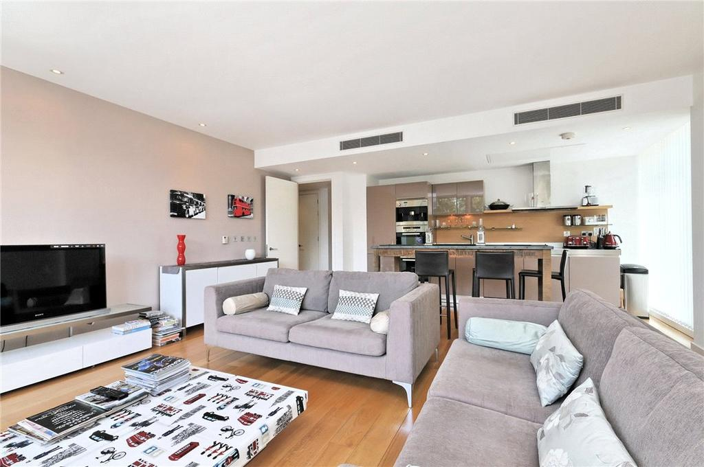 2 Bedrooms Flat for sale in Hirst Court, Grosvenor Waterside, London, SW1W