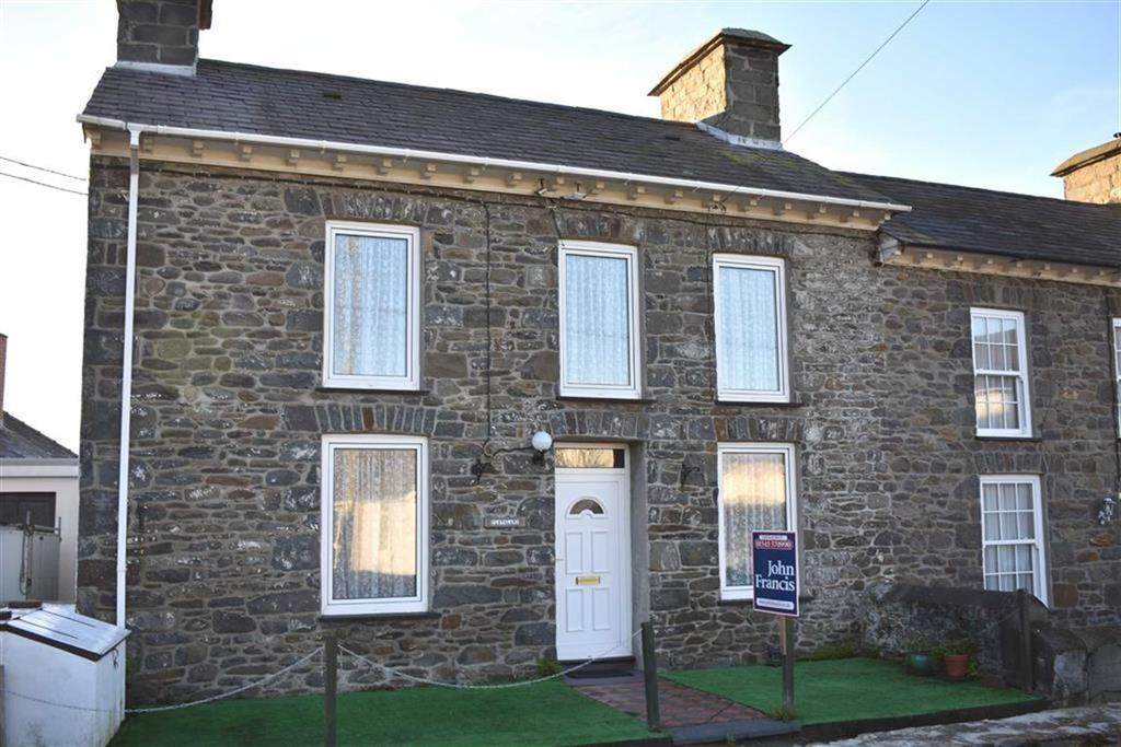 3 Bedrooms End Of Terrace House for sale in Stryd Yr Eglwys, Llanon, Ceredigion