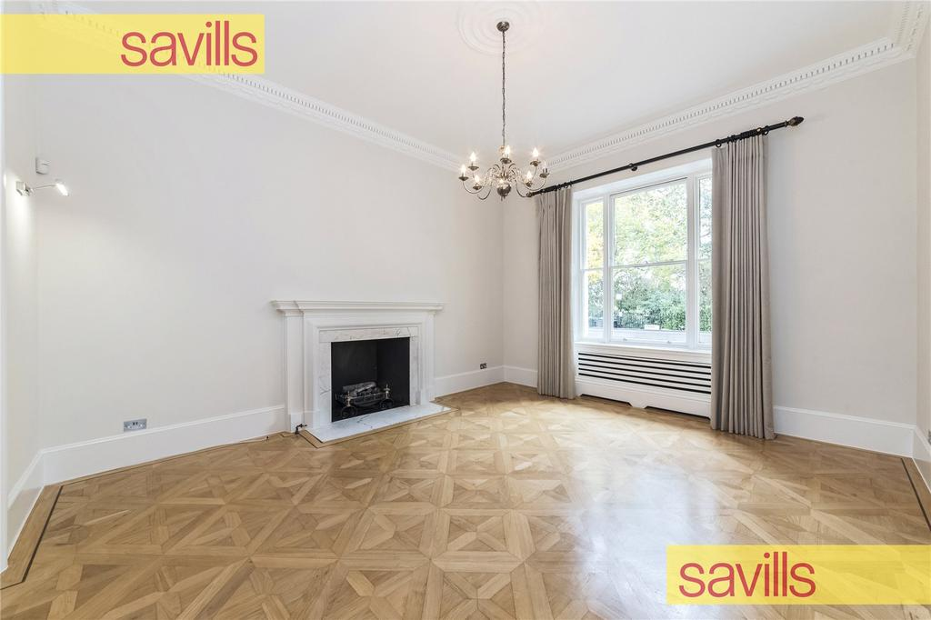 4 Bedrooms Maisonette Flat for rent in Warwick Square, Pimlico, London, SW1V