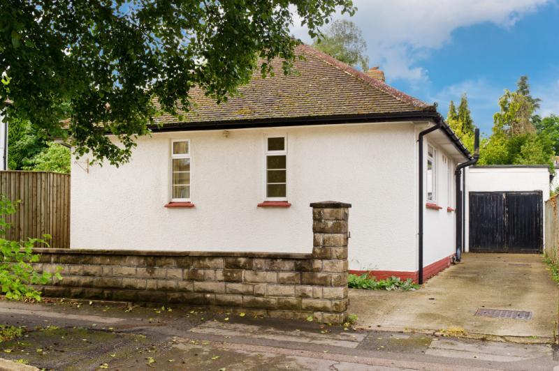 3 Bedrooms Detached Bungalow for sale in Bickerton Road, Headington, Oxford, Oxfordshire