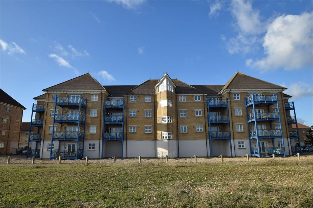 2 Bedrooms Flat for sale in Callao Quay, North Harbour, East Sussex