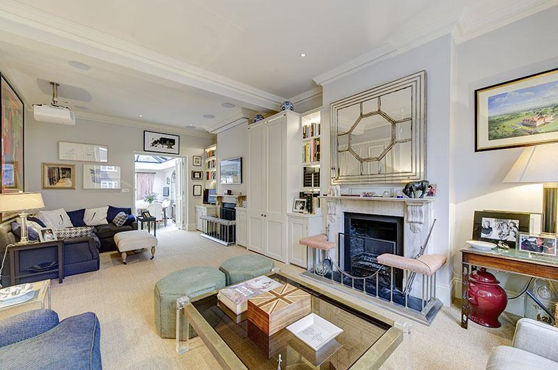 4 Bedrooms Town House for rent in Brynmaer Road, London SW11