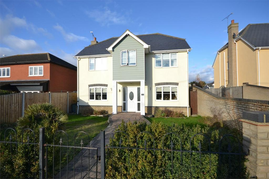 5 Bedrooms Detached House for sale in Pantile Hill, Southminster, Essex