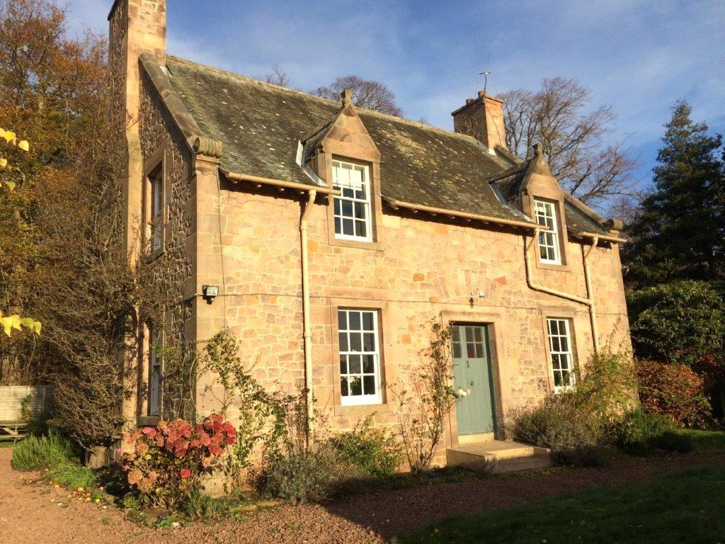 3 Bedrooms Detached House for rent in Ivy Cottage, Tyninghame, Dunbar, East Lothian, EH42
