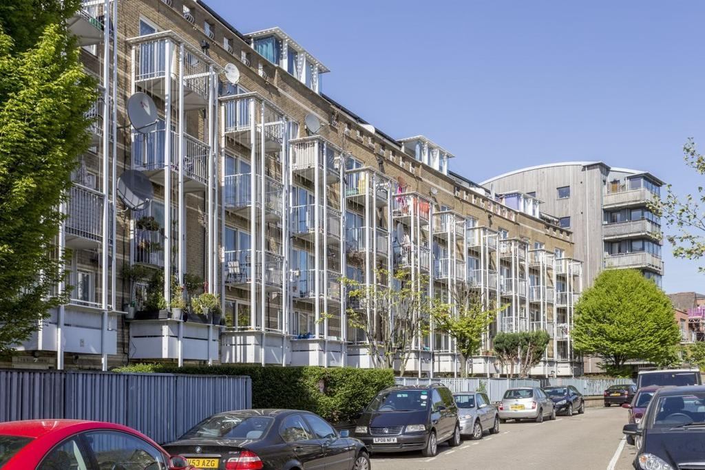 1 Bedroom Flat for sale in Sandalwood House, Finchley