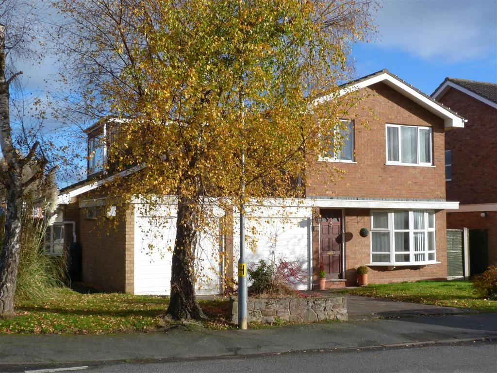 4 Bedrooms Detached House for sale in Old Eign Hill, Hampton Park, Hereford, HR1