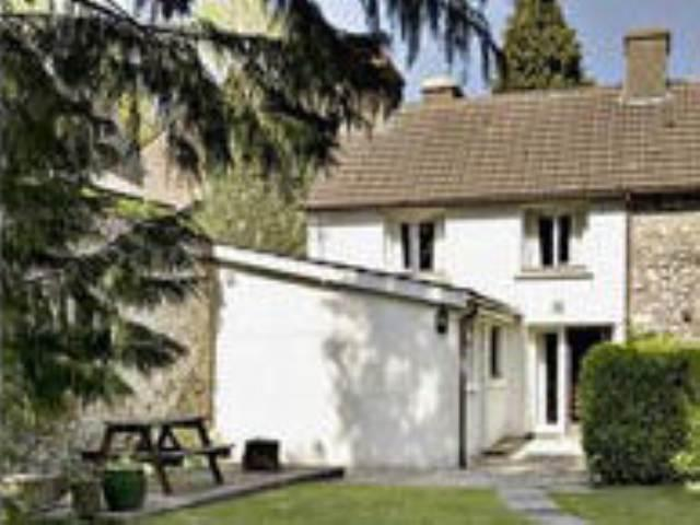 2 Bedrooms House for rent in Taliaris, Manordeilo, Carmarthenshire