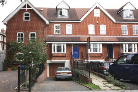 4 bedroom house to rent - Cambridge Road, Twickenham TW1