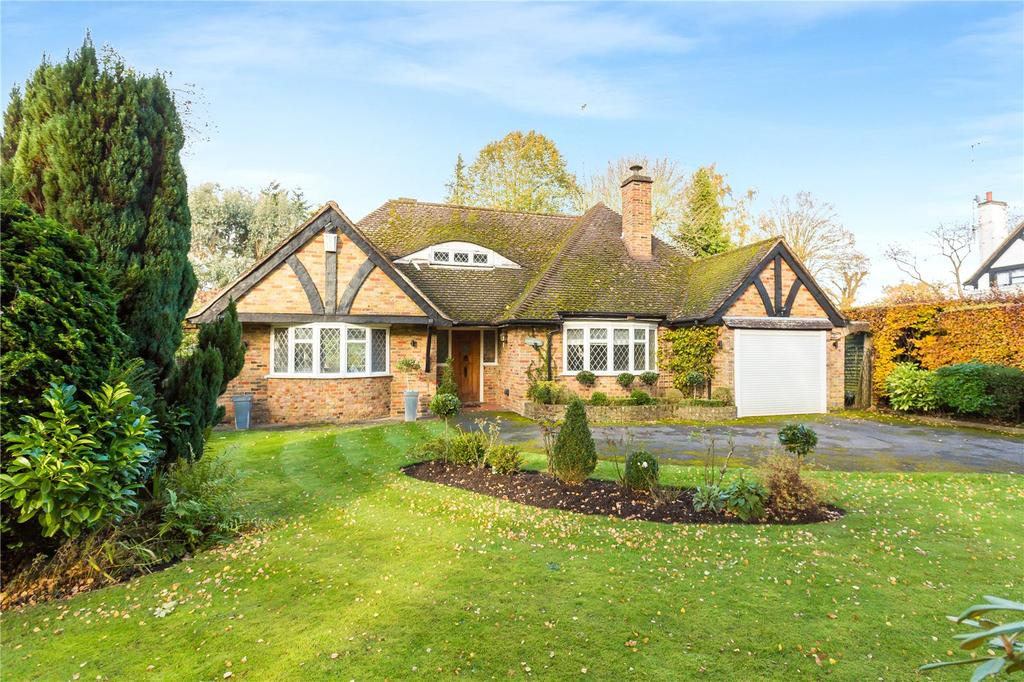 2 Bedrooms Detached House for sale in Winkers Close, Chalfont Heights, Chalfont St Peter, Buckinghamshire